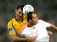 Fotball<br /> UEFA Cup<br /> 20.09.2007<br /> Foto: Gepa/Digitalsport<br /> NORWAY ONLY<br /> <br /> AEK Athen vs Red Bull Salzburg<br /> <br /> Traianos Dellas (AEK) und Vratislav Lokvenc (RBS)