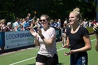 HUIZEN - keeper Eveline Verhees (Huizen) na  de eerste play off wedstrijd voor promotie naar de hoofdklasse , Huizen-Nijmegen (3-2) COPYRIGHT KOEN SUYK