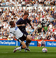 Photo: Kevin Poolman.<br />Derby County v Southend United. Coca Cola Championship. 30/09/2006. Derby's Arturo Lupoli is stopped by Southend defender Simon Francis.