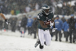 Philadelphia Eagles running back LeSean McCoy #25 carries the ball during the NFL game between the Detroit Lions and the Philadelphia Eagles on Sunday, December 8th 2013 in Philadelphia. The Eagles won 34-20. (Photo by Brian Garfinkel)