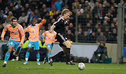 MARSEILLE, FRANCE - Tuesday, December 11, 2007: Liverpool's Dirk Kuyt scores the third goal against Olympique de Marseille during the final UEFA Champions League Group A match at the Stade Velodrome. (Photo by David Rawcliffe/Propaganda)