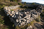 """Caprile"" of Serraventosa, an ancient enclosure for goats"
