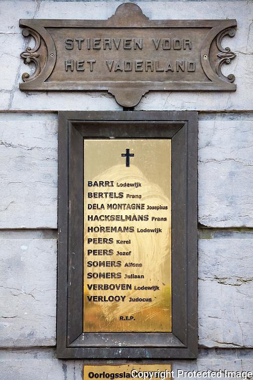 368877-reportage over herdenkingsmonumenten van WO I in provincie Antwerpen-Grobbendonk
