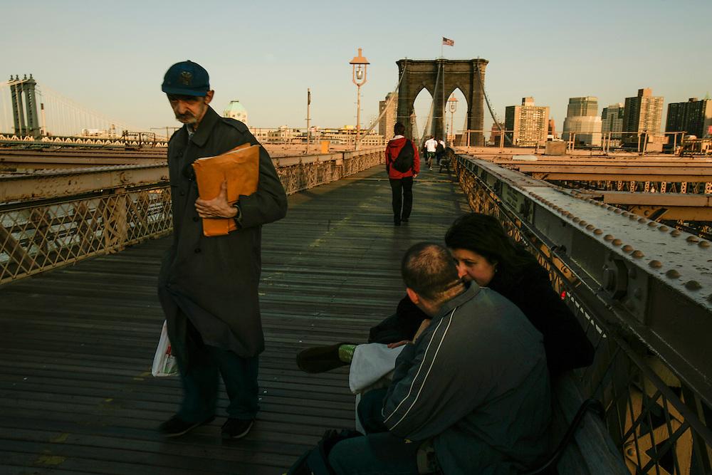 People passing in Brooklyn bridge