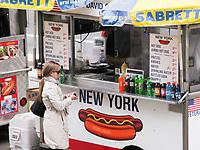 Hot dog vendor in front of the Metropolitan Museum