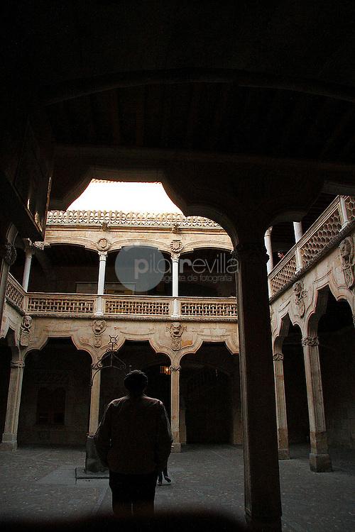 Claustro de la Casa de las Conchas. Salamanca ©Country Sessions / PILAR REVILLA