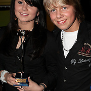 NLD/Uitgeest/20080116 - Uitreiking Popularitiets award Noord Holland 2008, Roxanne en Dre Hazes