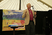 The Bishop of Truro, The Cornish Birthday party to Celebrate John Betjeman's Centenary. Carruan Farm. Polzeath. Conrwall. In aid of the new Padstow Lifeboat Station. 28 August 2006. ONE TIME USE ONLY - DO NOT ARCHIVE  © Copyright Photograph by Dafydd Jones 66 Stockwell Park Rd. London SW9 0DA Tel 020 7733 0108 www.dafjones.com
