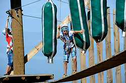 17-08-2012 ALGEMEEN: ZOMERKAMP BVDGF: LANDGRAAF<br /> Zomerkamp van BvdGF met mountainbike, klimmen, snowboarden, skien, voetbal en volleybalevents<br /> ©2012-FotoHoogendoorn.nl