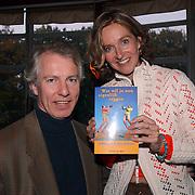 Boekpresentatie Pauline van Aken met haar man