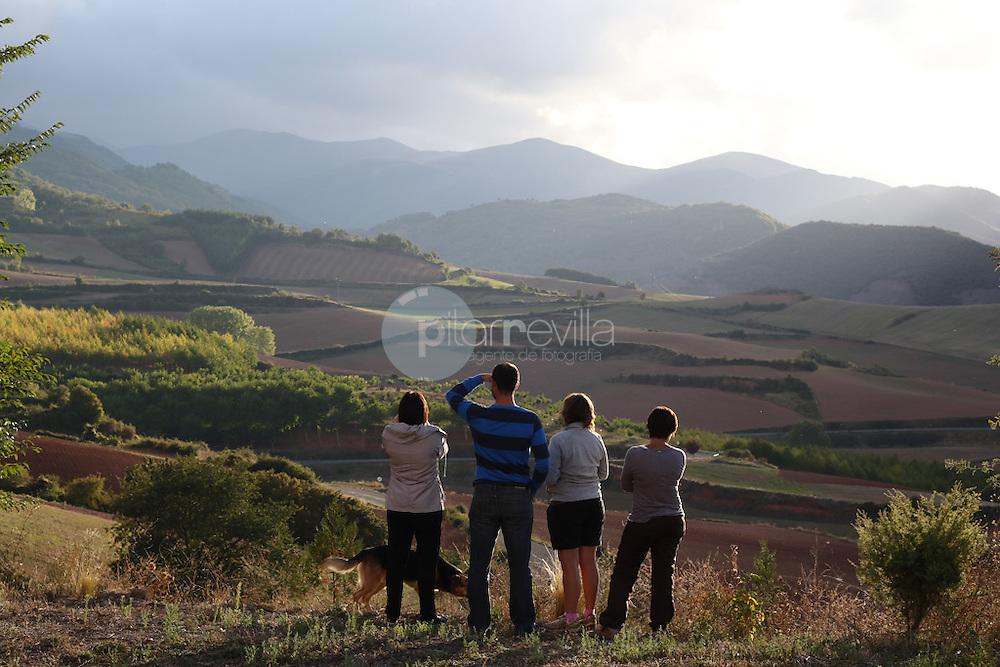 Valle del Cárdenas, primavera, La Rioja ©Daniel Acevedo / PILAR REVILLA