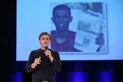 Luciano Huck durante o VOX - The Joy of Sharing, evento que  pretende provocar reflexões sobre o futuro da comunicação a partir do compartilhamento de conteúdo e experiências. FOTO: Jefferson Bernardes/ Agência Preview
