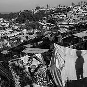 Twangkhali camp. Since the end of august 2017, the beginning of the crisis, more than 600,000 Rohingyas have fled Myanmar to seek refuge in Bangladesh. Cox's Bazar - 3 november 2017.<br /> Camp de Twangkhali. Depuis le début de la crise, fin août 2017, plus de 600000 Rohingyas ont fuit la Birmanie pour trouver refuge au Bangladesh. Cox's Bazar le 3 novembre 2017.