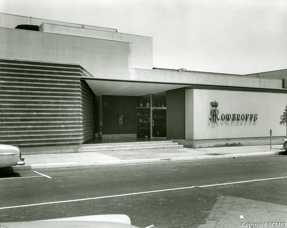 1963 Romanoff's Restaurant on Rodeo Dr. in Beverly Hills