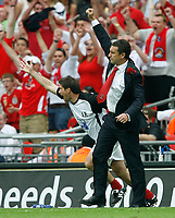 Photo: Steve Bond/Richard Lane Photography. <br />Ebbsfleet United v Torquay United. The FA Carlsberg Trophy Final. 10/05/2008. Liam Daish punches the air at the final whistle