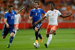 05-06-2015 NED: Oefeninterland Nederland - USA, Amsterdam<br /> Oranje verliest oefeninterland tegen Verenigde Staten met 4-3 / Georginio Wijnaldum #8, Ventura Alvarado #19, Kyle Beckerman #5