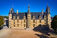 France, Nièvre (58), Nevers, palais ducal, ancienne demeure des ducs de Nevers, val de Loire // France, Nièvre (58), Nevers, Ducal Palace, former home of the Dukes of Nevers, Loire valley