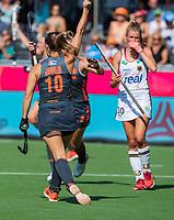 ANTWERPEN -  Kelly Jonker (ned) heeft de stand op 1-0 gebracht tijdens de finale  dames  Nederland-Duitsland bij het Europees kampioenschap hockey. COPYRIGHT  KOEN SUYK