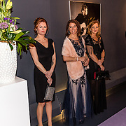 NLD/Hilversum//20170306 - uitreiking Buma Awards 2017, partners bandleden Blof
