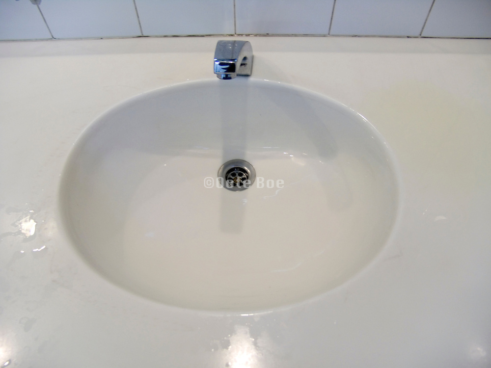 wash basin in public restroom