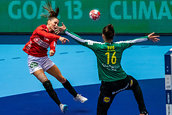 Mie Enggrob Hojlund of Denmark, Jessica Ryde of Sweden in action during the Women's EHF Euro 2020 match between Denmark and Sweden at Jyske Bank BOXEN on december 11, 2020 in Kolding, Denmark (Photo by RHF Agency/Ronald Hoogendoorn)