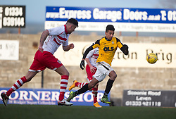 Stirling Albion's Scot Buist and East Fife's Nathan Austin. <br /> East Fife 1 v 0 Stirling Albion, Scottish Football League Division Two game played atBayview Stadium, 20/2/2106.