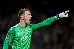 Man City Goalkeeper Joe Hart (ENG) points - Photo mandatory by-line: Rogan Thomson/JMP - Tel: 07966 386802 - 18/02/2014 - SPORT - FOOTBALL - Etihad Stadium, Manchester - Manchester City v Barcelona - UEFA Champions League, Round of 16, First leg.