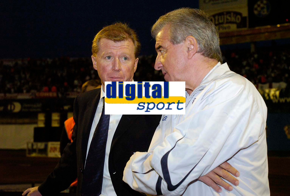 Photo: Richard Lane.<br />Croatia v England. UEFA European Championships 2008 Qualifying. 11/10/2006. <br />England Head Coach, Steve McClaren with his assistant, Terry Venables.