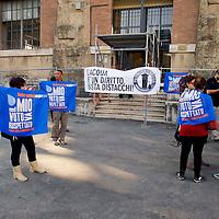 Protesta contro i distacchi dell' acqua