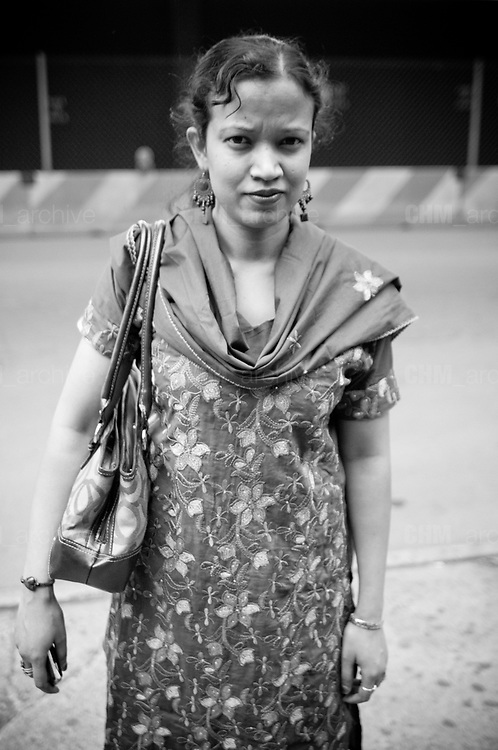 An indian woman, south Bronx. New York City, 17 june 2010. Christian Mantuano / OneShot