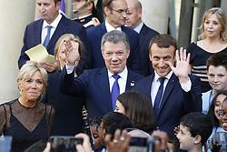 June 21, 2017 - Paris - Brigitte Macron  - Juan Manuel Santos ( President Colombien ) - Emmanuel Macron (Credit Image: © Panoramic via ZUMA Press)