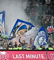 01.04.2011, Millerntor Stadion, Hamburg, GER, 1.FBL, FC St. Pauli vs FC Schalke 04, im Bild Feature die Fans von Schalke zuenden Feuerkoerper. EXPA Pictures © 2011, PhotoCredit: EXPA/ nph/  Witke       ****** out of GER / SWE / CRO  / BEL ******