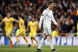 (l-r)Mario Mandzukic of Juventus FC,  Cristiano Ronaldo of Real Madrid during the UEFA Champions League quarter final match between Real Madrid and Juventus FC at the Santiago Bernabeu stadium on April 11, 2018 in Madrid, Spain