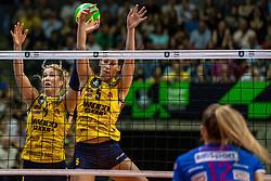 18-05-2019 GER: CEV CL Super Finals Igor Gorgonzola Novara - Imoco Volley Conegliano, Berlin<br /> Igor Gorgonzola Novara take women's title!Novara win 3-1 /  Karsta Lowe #9 of Imoco Volley Conegliano, Robin de Kruijf #5 of Imoco Volley Conegliano