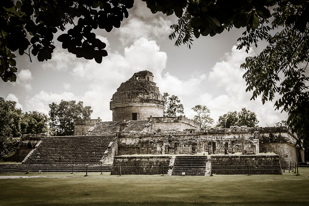 The Observatory (El Caracol) at the Chichen Itza world heritage site, Yucatan, Mexico