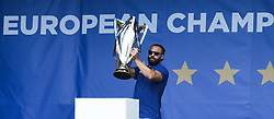 May 13, 2018 - Dublin, Ireland - Leinster captain Isa Nacewa lifts the cup during the homecoming ceremony at Energia Park, Donnybrook, following their victory in the European Champions Cup Final in Bilbao, Spain..On Sunday, May 13, 2018, in Donnybrook, Dublin, Ireland. (Credit Image: © Artur Widak/NurPhoto via ZUMA Press)