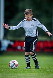 06-10-2016 NED: Selectie 2016-2017 vv Maarssen O10-1, Maarssen<br /> Fotoshoot de jeugd O10-1 van vv Maarssen / Damian