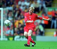 Steve Staunton (Liverpool)  Liverpool v Parma, Pre-Season Friendly, 13/05/2000. Credit: Colorsport / Matthew Impey