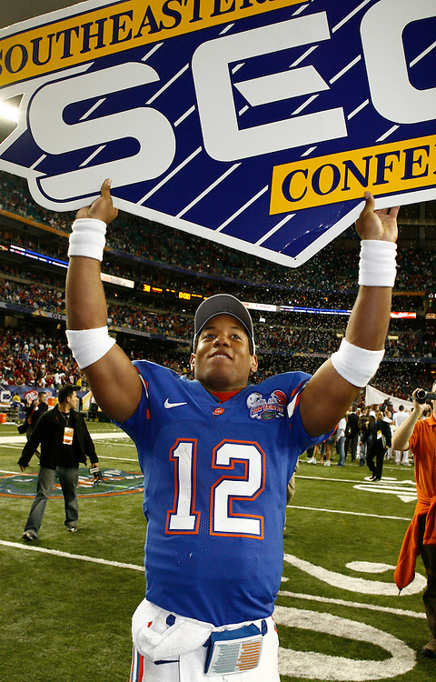 Florida QB Chris Leak celebrates with the SEC sign after the SEC Championship game between the Arkansas Razorbacks and the Florida Gators at the Georgia Dome in Atlanta, GA on December 2, 2006.<br />
