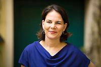 DEU, Deutschland, Germany, Berlin, 23.04.2018: Portrait von Annalena Baerbock, Bundesvorsitzende von Bündnis 90/Die Grünen.
