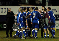 Photo: Daniel Hambury.<br />Luton Town v Cardiff City. Coca Cola Championship. 14/02/2006.<br />Referee Andy Woolmer (centre) is surrounded by Cardiff players and officials, including manager Dave Jones (L) after a controversial finish.