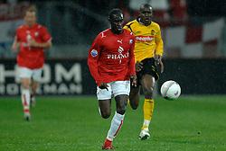 09-05-2007 VOETBAL: PLAY OFF: UTRECHT - RODA: UTRECHT<br /> In de play-off-confrontatie tussen FC Utrecht en Roda JC om een plek in de UEFA Cup is nog niets beslist. De eerste wedstrijd tussen beide in Utrecht eindigde in 0-0 / Loic Loval<br /> ©2007-WWW.FOTOHOOGENDOORN.NL