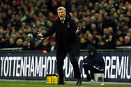 West Ham United Manager David Moyes screams at his players from the touchline. Premier league match, Tottenham Hotspur v West Ham United at Wembley Stadium in London on Thursday  4th January 2018.<br /> pic by Steffan Bowen, Andrew Orchard sports photography.