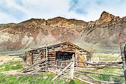Old log Barn, Pahsimeroi Mountains, Challis Idaho