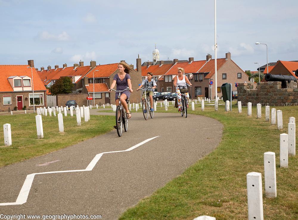 Cycle path Ter Heijde village Holland