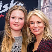 NLD/Amsterdam/20161120 - premiere Ciske de Rat de Musical, Pernille la Lau en dochter Nuala Pernille