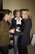 Tom Hollander, Kate Winslet and Daphne Guinness. Uncle Vanya, Donmar Warehouse and afterwards at 1 Aldwych. 30 September 2002. © Copyright Photograph by Dafydd Jones 66 Stockwell Park Rd. London SW9 0DA Tel 020 7733 0108 www.dafjones.com