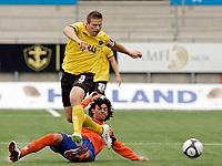 Fotball, <br /> Kvalifisering UEFA Europa League 28.07.2011  ,<br /> Aalesund v if elfsborg 4-0<br /> <br /> Anders svensson - if elfsborg<br /> Michael barrantes - aalesund<br /> Foto: Richard brevik , Digitalsport