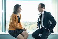 31 OCT 2018, BERLIN/GERMANY:<br /> Katharina Barley, SPD, Bundesjustizministerin, und Heiko Maas, SPD, Bundesaussenminister, im Gespraech, vor Beginn der Kabinettsitzung, Bundeskanzleramt<br /> IMAGE: 20181031-01-005<br /> KEYWORDS: Kabinett, Sitzung, Gespräch