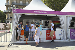 August 6, 2018 - Paris, FRANCE - Ambiance boutique produits derives (Credit Image: © Panoramic via ZUMA Press)